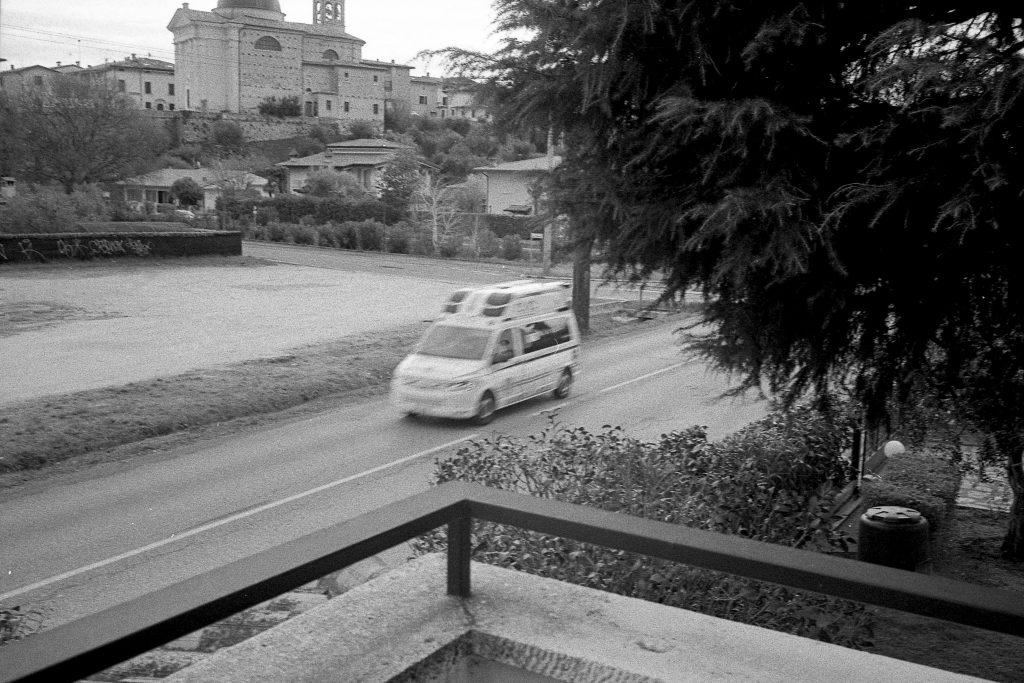 brescia coronavirus reportage fotografico pierluigi cottarelli ambulanza